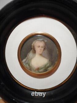 Tableau peinture ancienne miniature 19 siècle portrait buste femme élégante